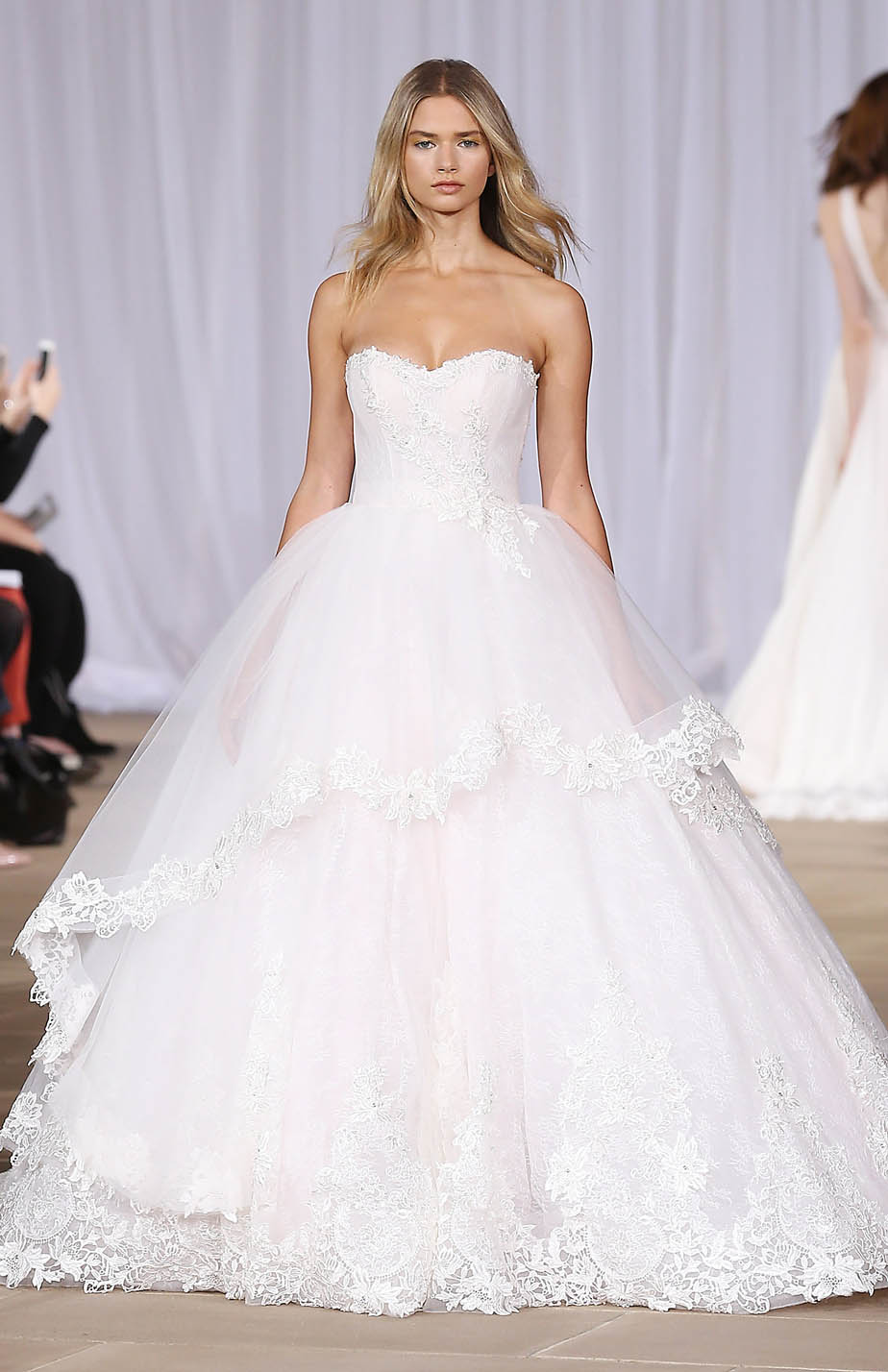 2016-bridal-trends-overskirt-1