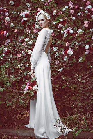 2016-bridal-trends-sexy-back-1