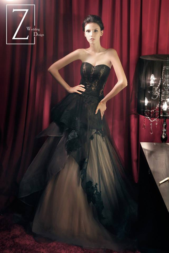 black-brown-lacy-strapless-gown