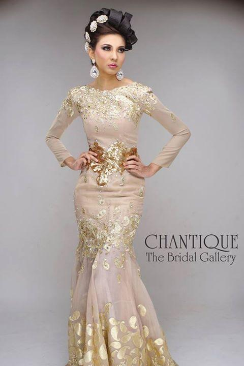 chantique-traditional-gowns-1a