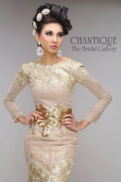 chantique-traditional-gowns-1b