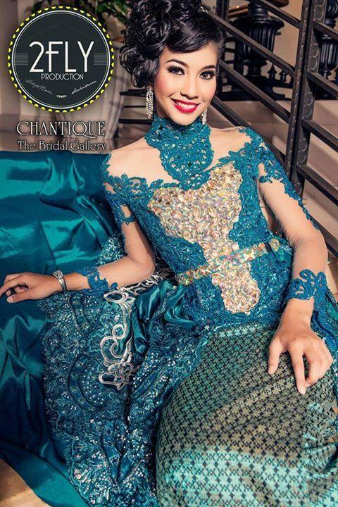 chantique-traditional-gowns-2a