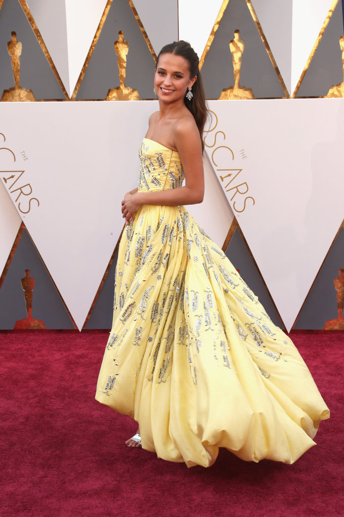 gown-inspo-alicia-vikander-yellow-gown-1b