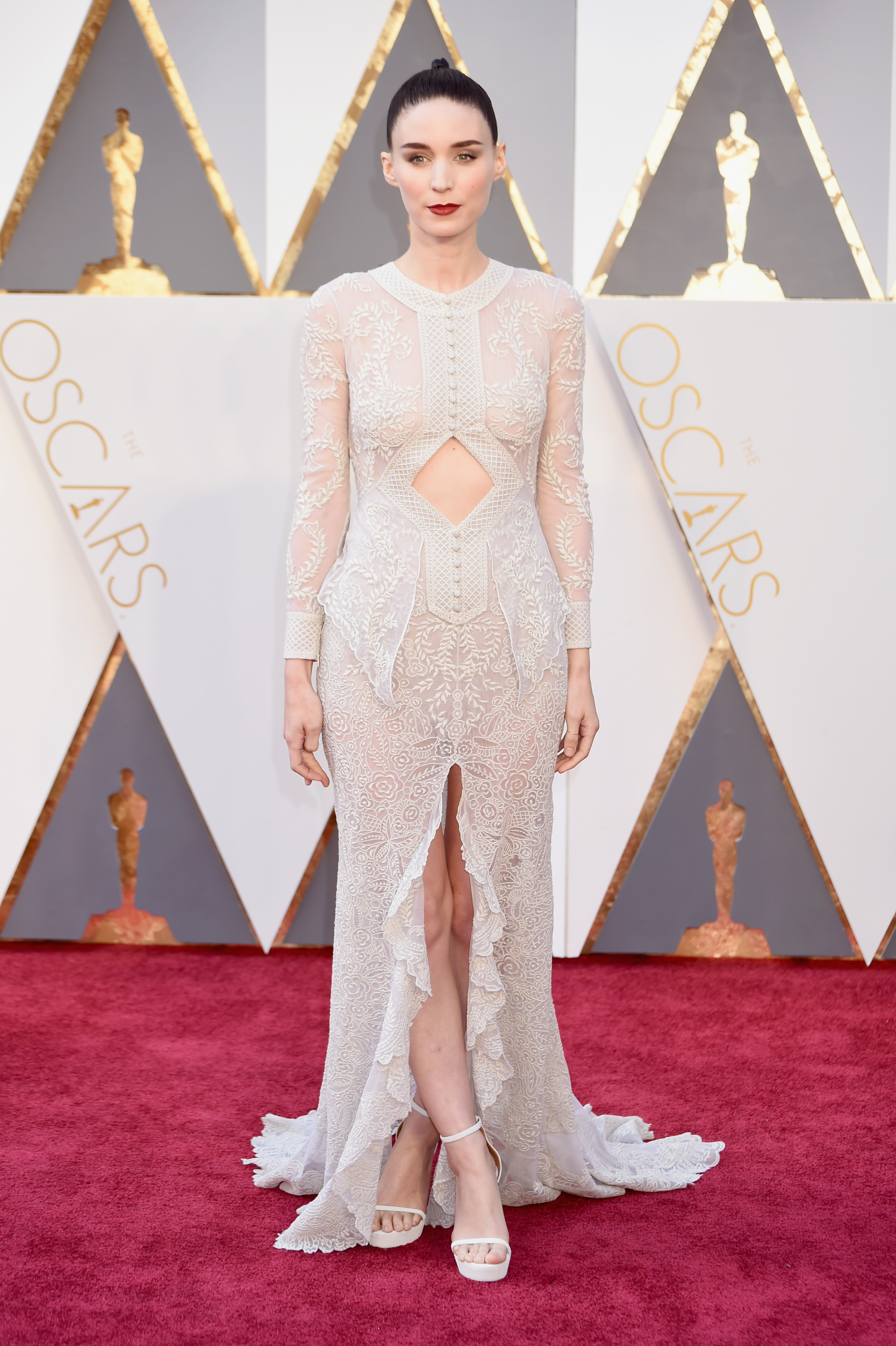gown-inspo-rooney-mara-givenchy-1