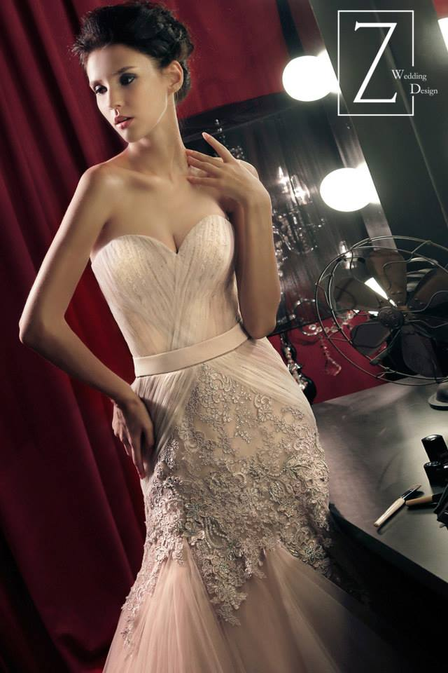 nude-sweetheart-strapless-gown