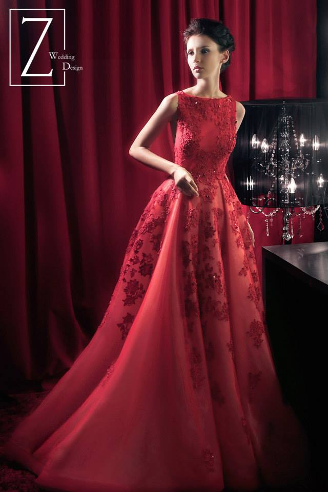 red-sleeveless-gown-floral-lace