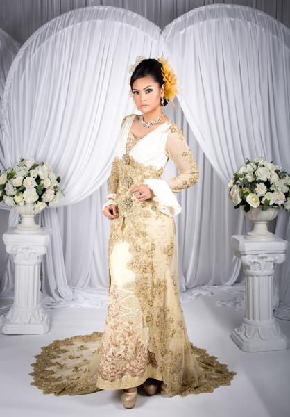 signature-traditional-gown-2