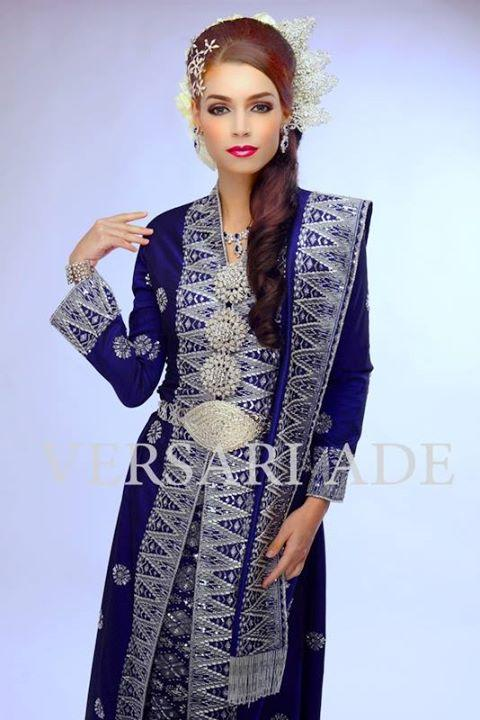 versari-traditional-gowns-1