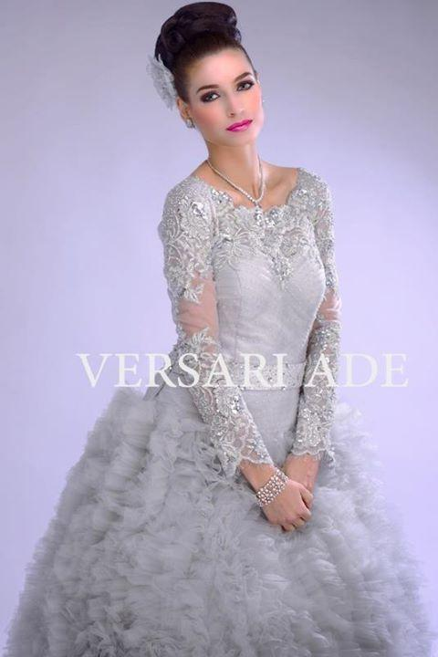 versari-traditional-gowns-4b
