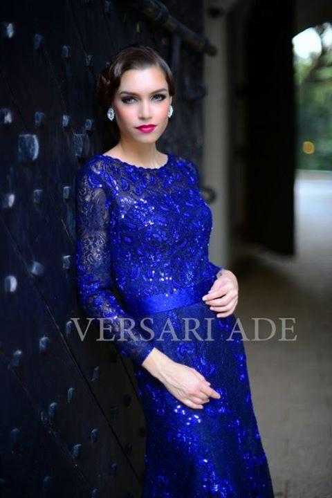 versari-traditional-gowns-5b