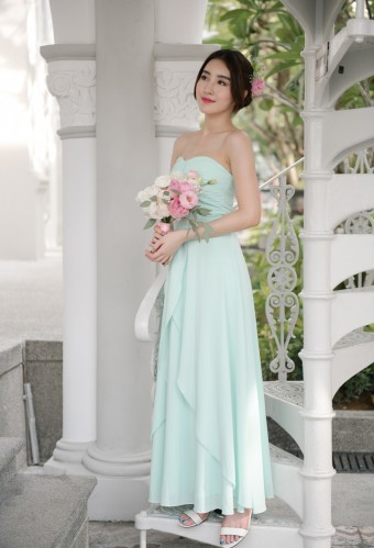 under100-bridesmaids-threadtheory2a