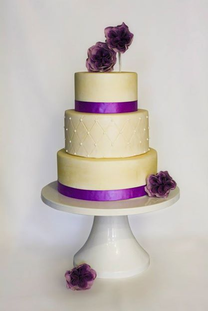 1-sher-wedding-cake